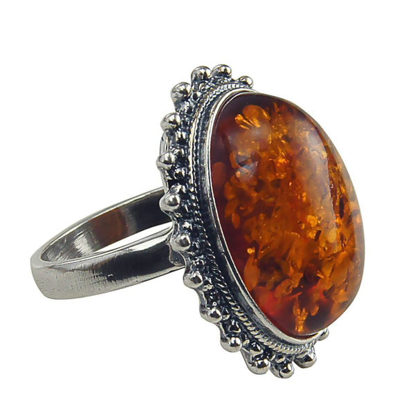 Baltic Honey Amber Classic Oval Ring